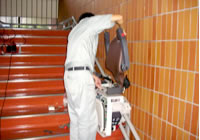 階段昇降機の取り付け工事イメージ